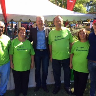 MP Tony Burke & Riverwood Choir